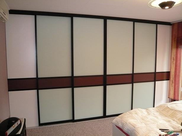 tischlerei schwarz blogarchiv begehbarer kleiderschrank geschlossen. Black Bedroom Furniture Sets. Home Design Ideas